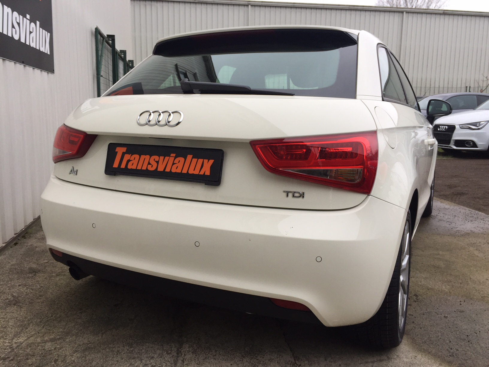 audi a1 1 6 tdi 90 business line s tronic transvialux automobiles. Black Bedroom Furniture Sets. Home Design Ideas