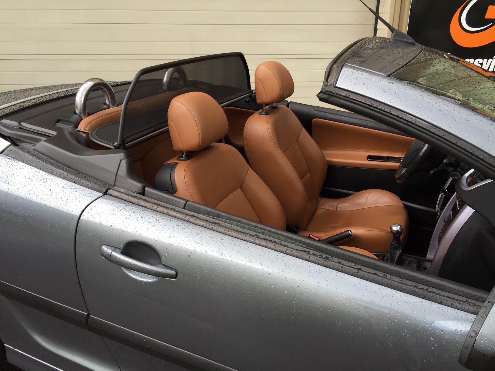 peugeot 207 cc cc 1 6 16v 120 feline transvialux automobiles. Black Bedroom Furniture Sets. Home Design Ideas